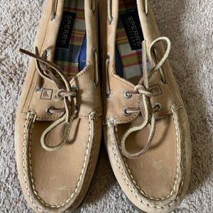 NEVER WORN Brown leather Sperry Topsiders size 9